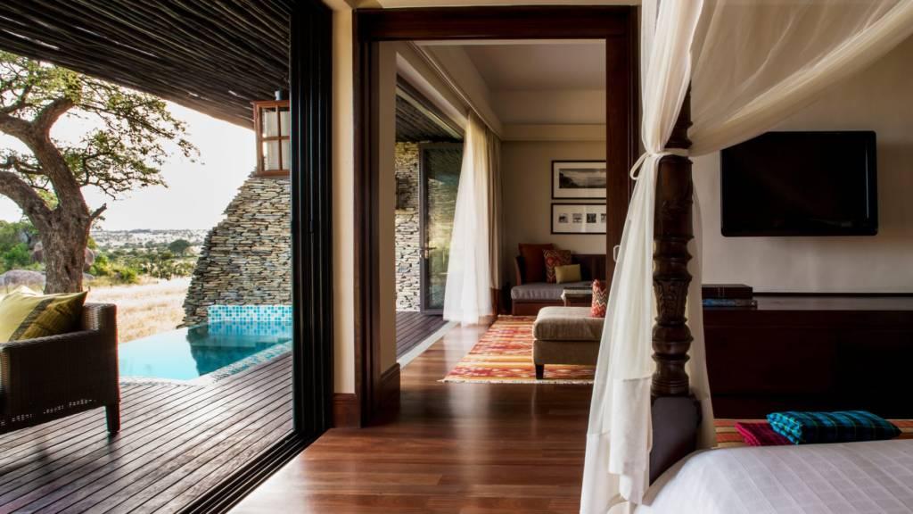 terrace suite with pool four seasons serengeti park