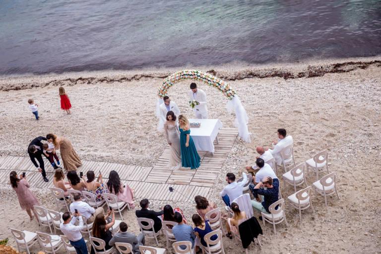 Invitati la o nunta pe plaja in Thassos, Grecia